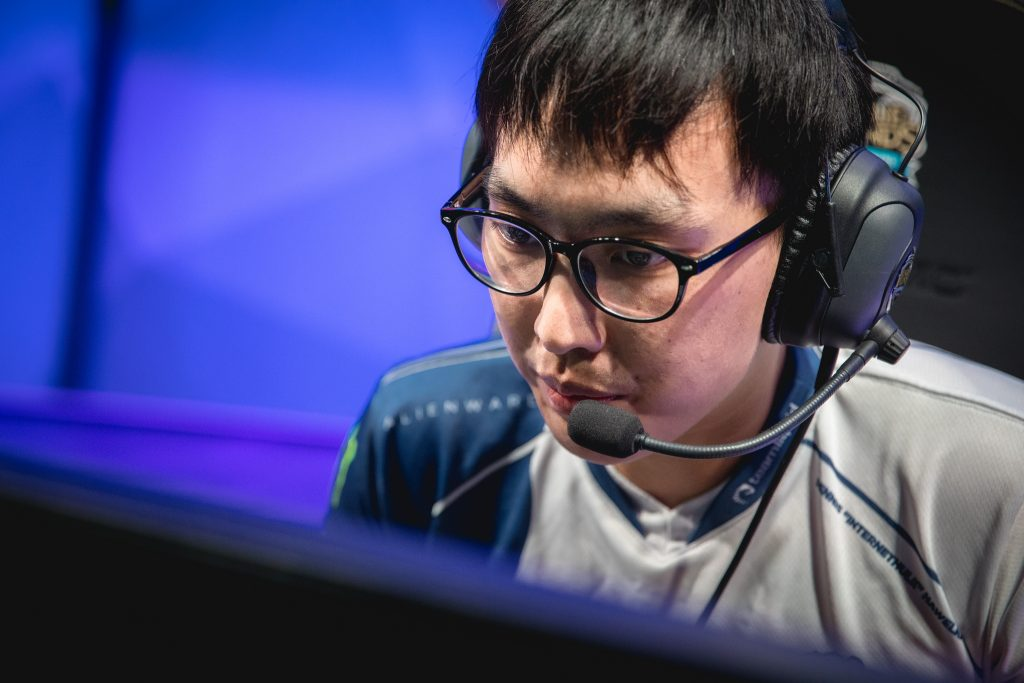 "Team Liquid's star Yiliang ""Doublelift"" Peng woke up one morning and saw that his Coinbase account withdrew $200,000 in cryptocurrency. (Photo courtesy of Riot Games)"