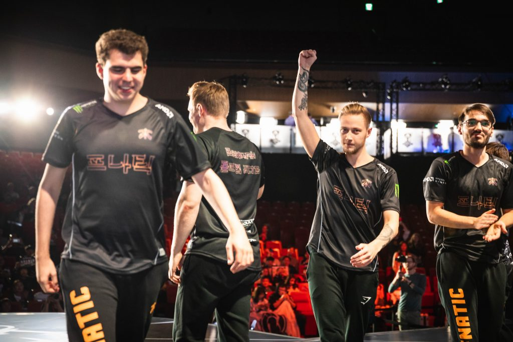 Rekkles and Fnatic put on a dominant performance during the final day of the group stages.