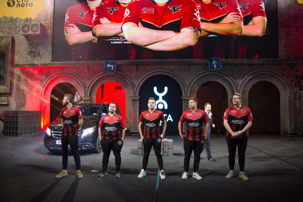 FaZe managed to take down Na'Vi quickly with a 2-0 defeat at the Grand Finals in Moscow, Russia.