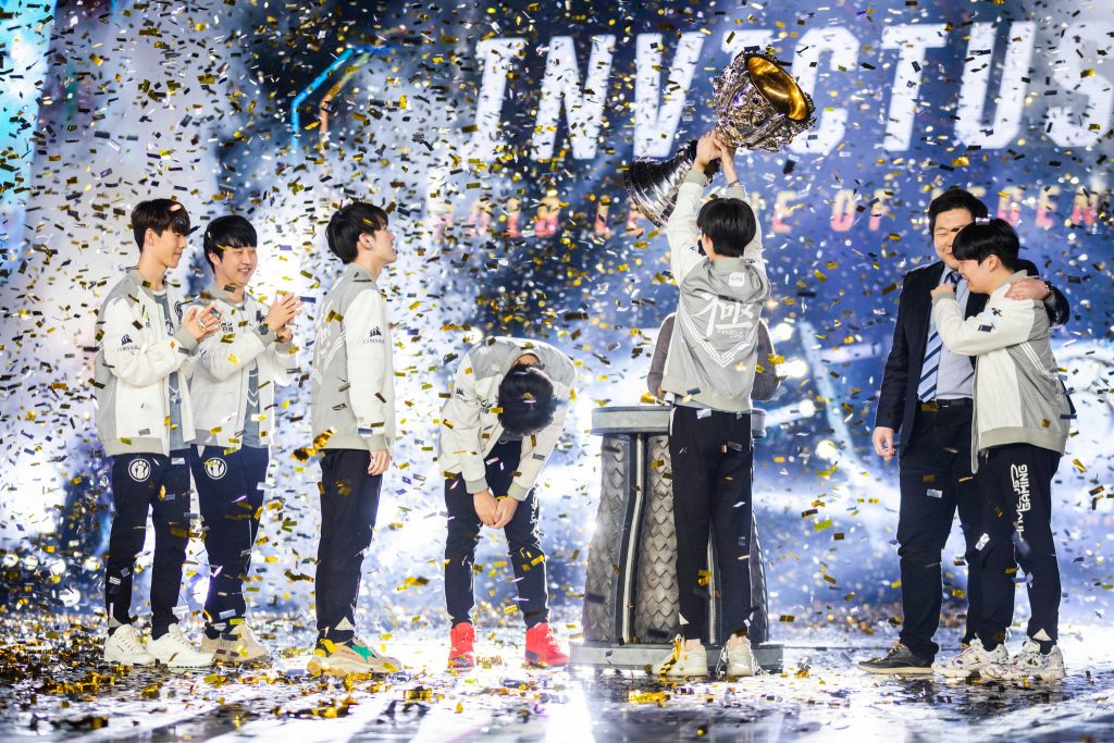 Invictus Gaming became the first LPL team to win the League of Legends World Championships.