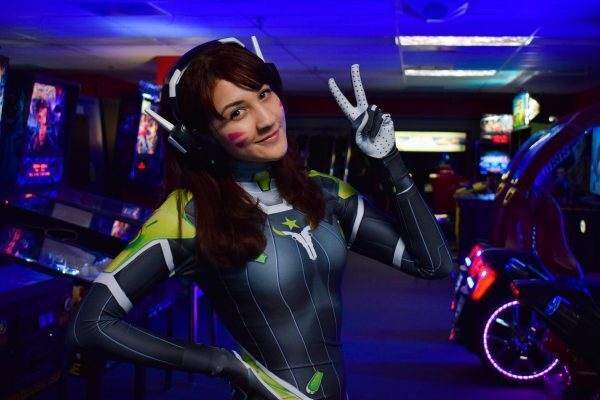 The Houston Outlaws Overwatch team made a first-of-its-kind deal with Jordyn 'LucyInDisguise? McCoy as their official team cosplayer.