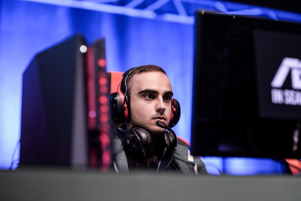 "Team Liquid took the second seed in style as captain Kuro ""KuroKy"" Salehi Takhasomi became the first professional player to have played every available hero in a competitive match."