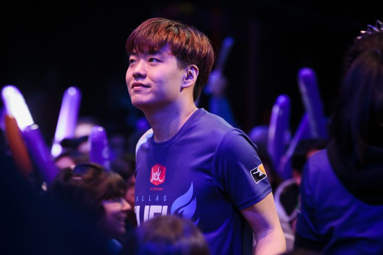 "Hyeon ""Effect"" Hwang of the Dallas Fuel came out as bisexual via his personal Twitter account."
