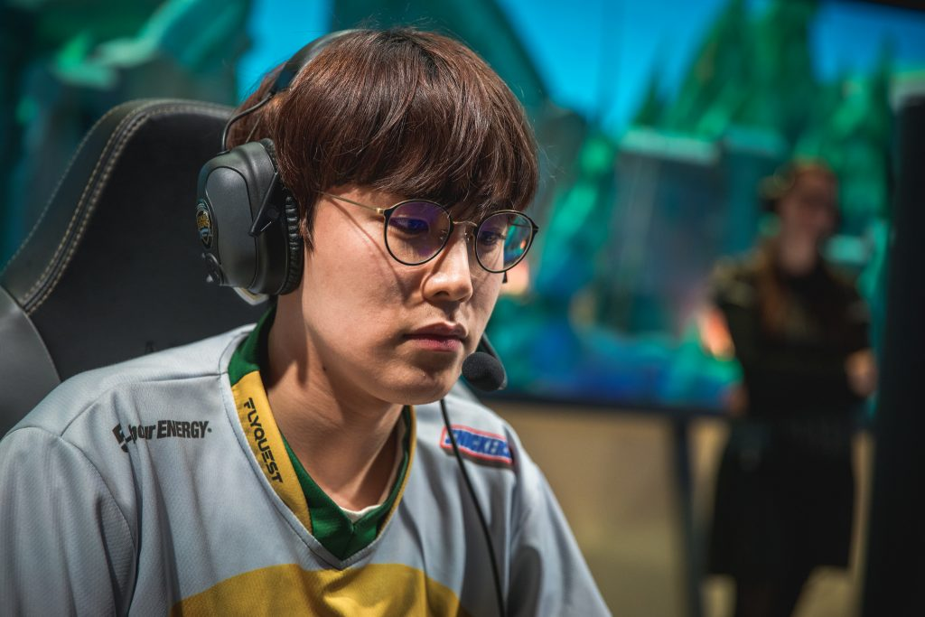 DAMWON Gaming seemed to be an odd fit for Flame. But we learned that his experience could become a key factor for the squad in the LCK.