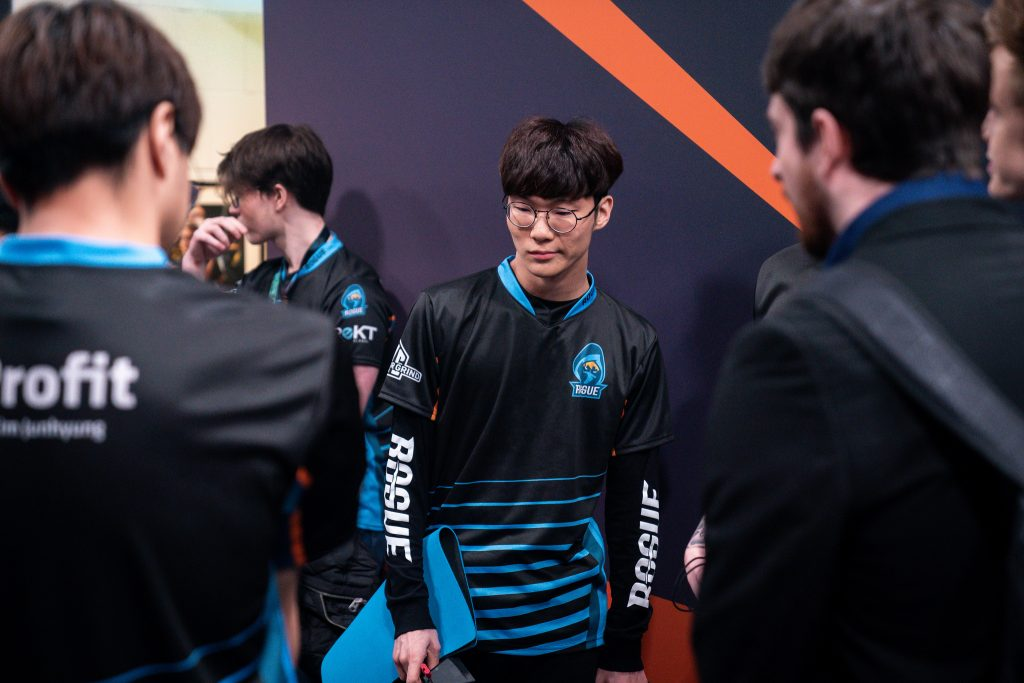 Rogue confirmed they are moving forward with the intention of creating a 10-man roster with players from their LEC and ERL teams being decided weekly.
