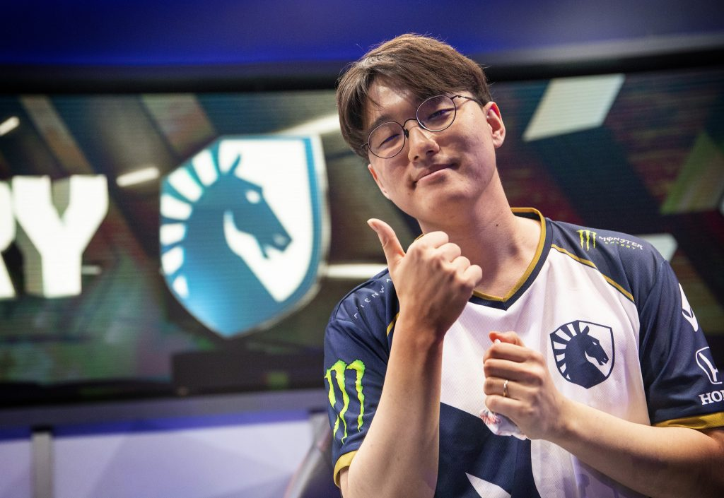 At a perfect 4-0, it doesn't look like anyone is up to challenging Team Liquid in the LCS.