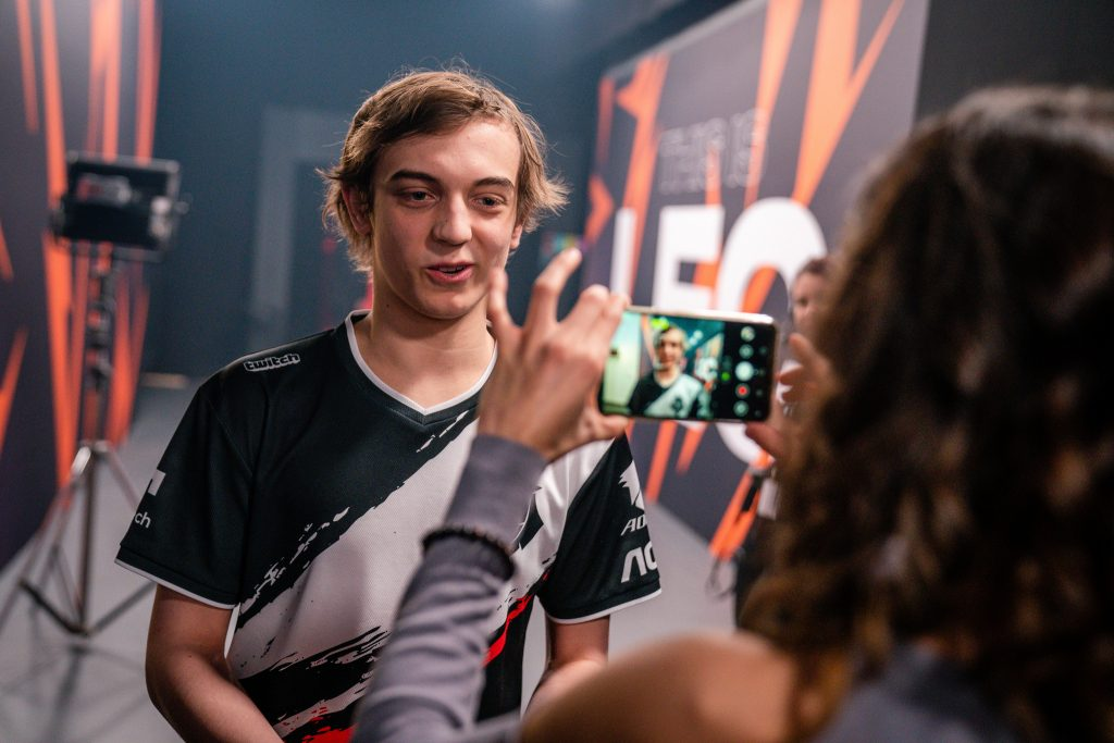 LEC G2 Caps gives an interview for social media