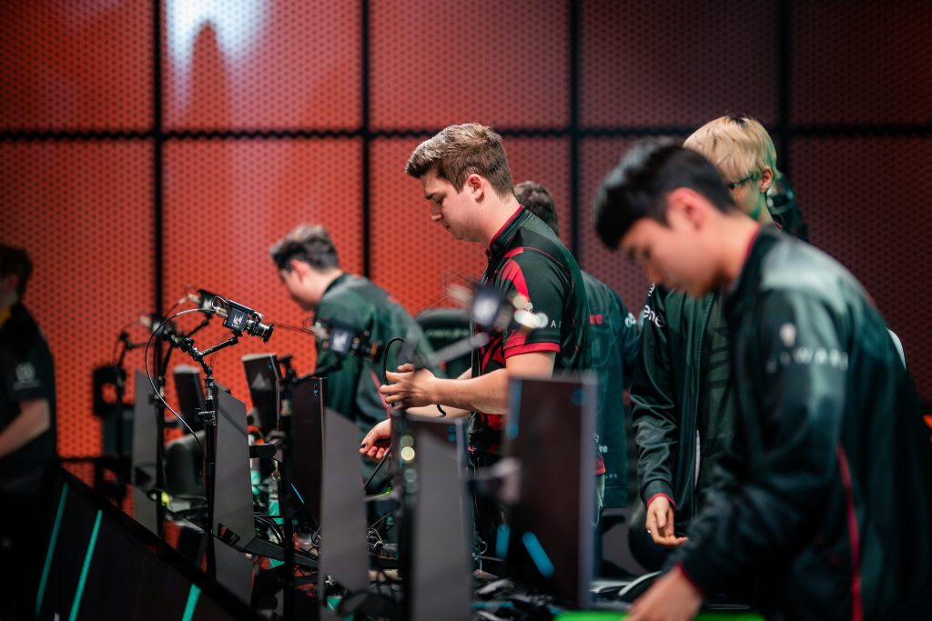 Misfits gaming suffer a defeat