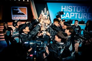 How Esports Organizations Make Money