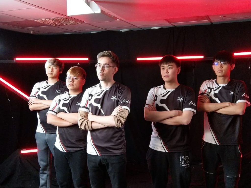 "After placing after placing 9-12th in Dreamleague Season 11, Mineski announced pieliedie and Febby"" Kim were leaving."