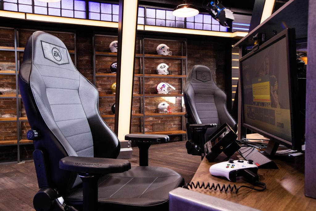 The new EA studio features AR/VR green screens, a four-person caster desk, and 200 light fixtures.