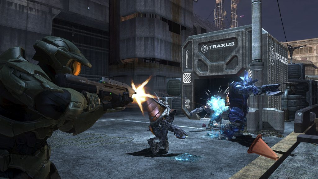 Halo 3 Master Chief shooting