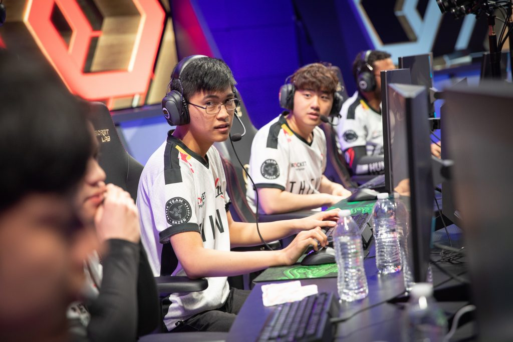 100 Thieves managed to blow a huge lead in the LCS