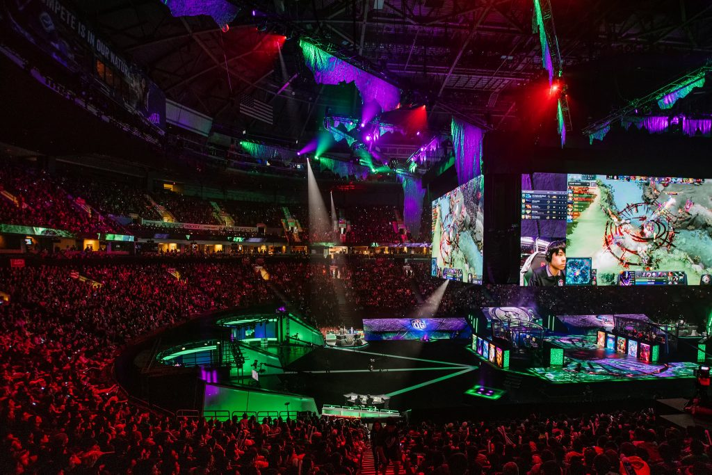Dota 2 roster changes heat up as we head into the end of the DPC season. (Photo courtesy of Valve)