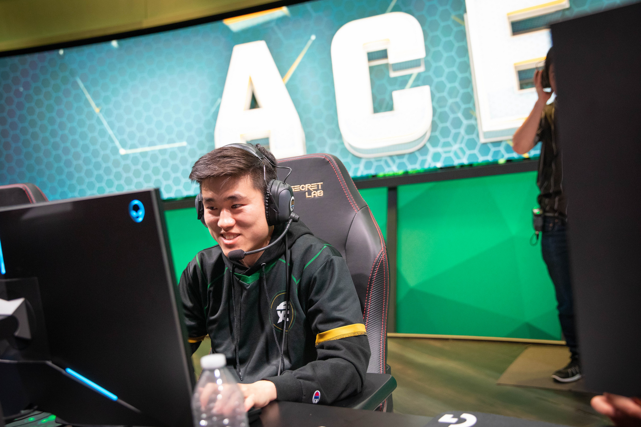 LCS Flyquest win