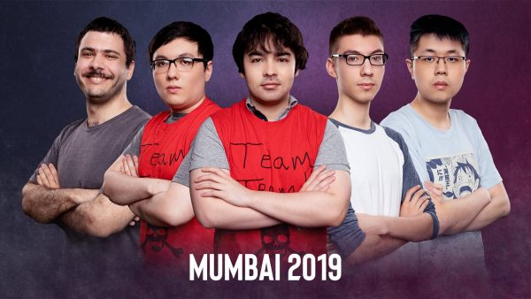 Gunnar (second from right) and Team Team. (Image courtesy of ESL)
