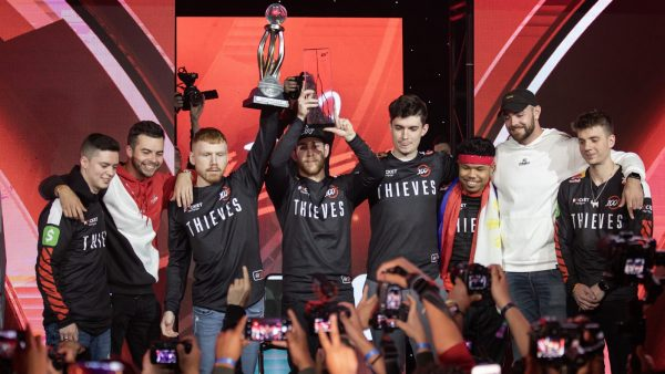 100 Thieves have momentum on their side after triumphs in London and Anaheim. Image via MLG.