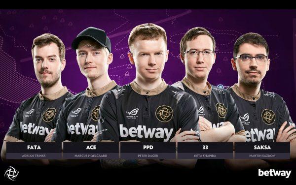 The full roster. Image via Ninjas in Pyjamas.