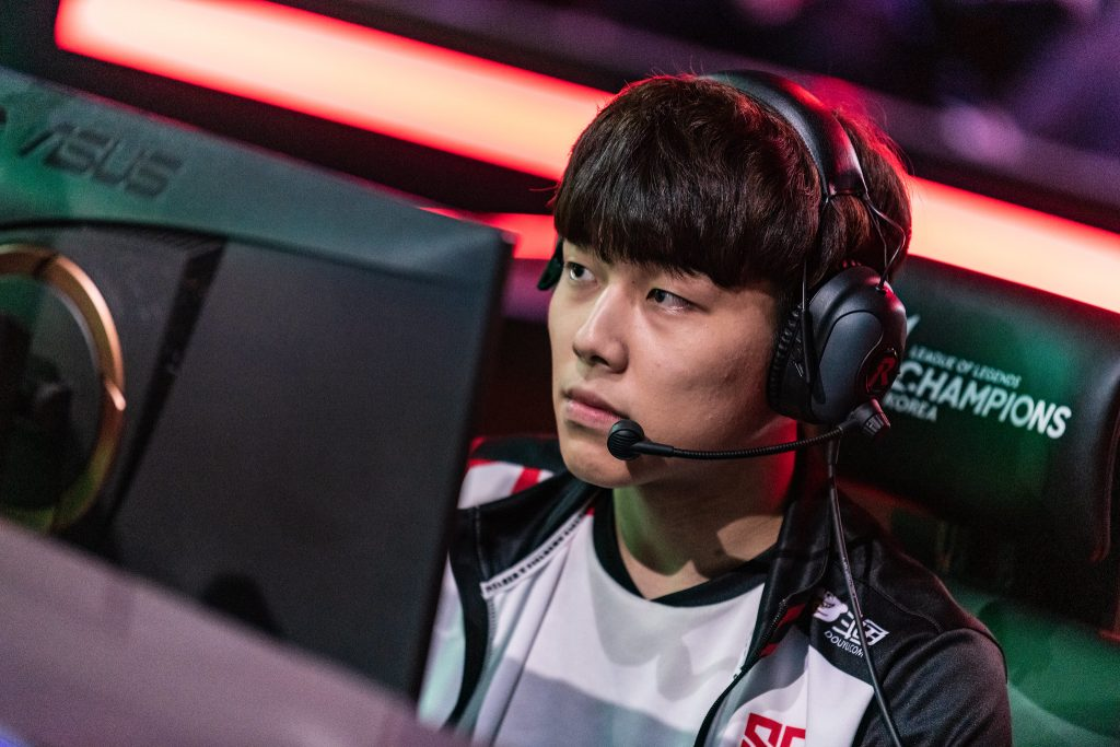 Sandbox Gaming have control of first in the LCK despite a 0-2 loss to Damwon Gaming on Thursday (Photo courtesy of Riot Korea)
