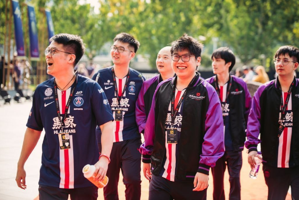 PSG.LGD and Vici Gaming advance in the upper bracket, while Virtus.pro and TNC Predator head to the lower on the TI9 main stage. (Image via Valve)