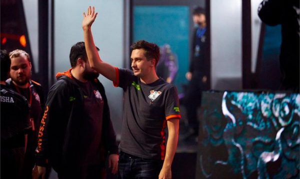 Solo has risen beyond the mistakes of his early career to become a living CIS legend. (Image via Virtus.pro)