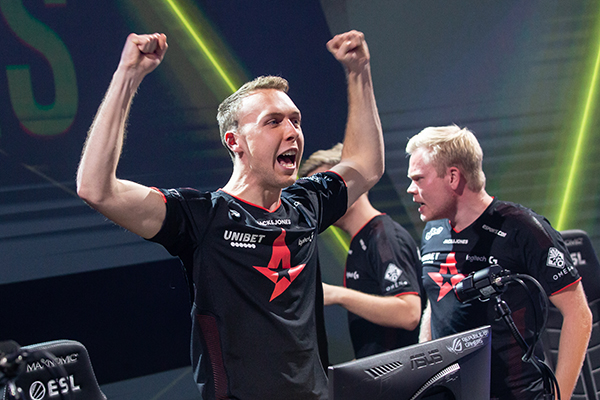 After a string of mediocre performances, Astralis has started to find their peak form again (Photo via Carlton Beener via ESL)