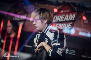"Fade Ends Brief ""Retirement"" to Sign with Team Aster"