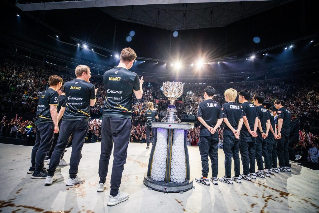 G2 and FunPlus Phoenix face off in one of the most interesting Worlds finals we have ever seen (Photo via Michal Konkol/Riot Games)