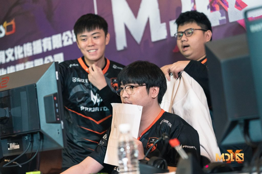 We've now said goodbye to half of the teams as TNC Predator continues to top the bracket at the Chengdu Major (Photo via Mars Media)