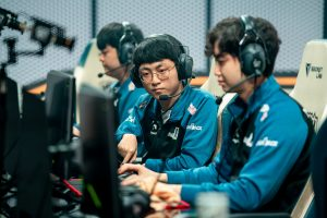 DAMWON Gaming chose to not do much movement during the roster shuffle, bringing back Canyon and ShowMaker (Image via Riot Games)