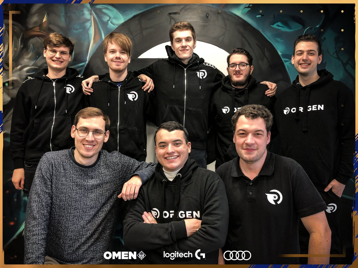 Destiny with his new Origen teammates (Photo via Origen/Twitter)