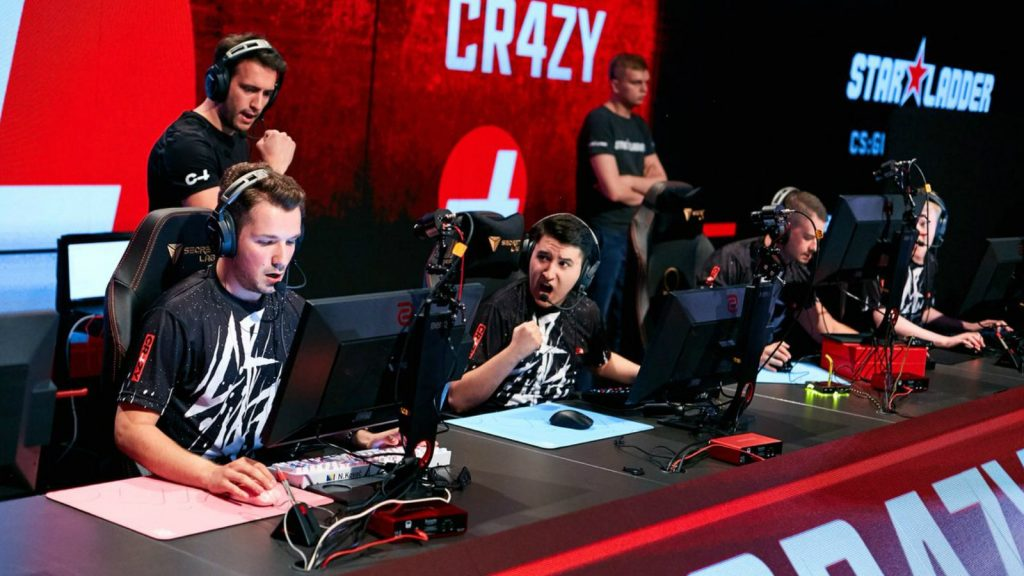 CR4ZY Membubarkan Divisi Esports