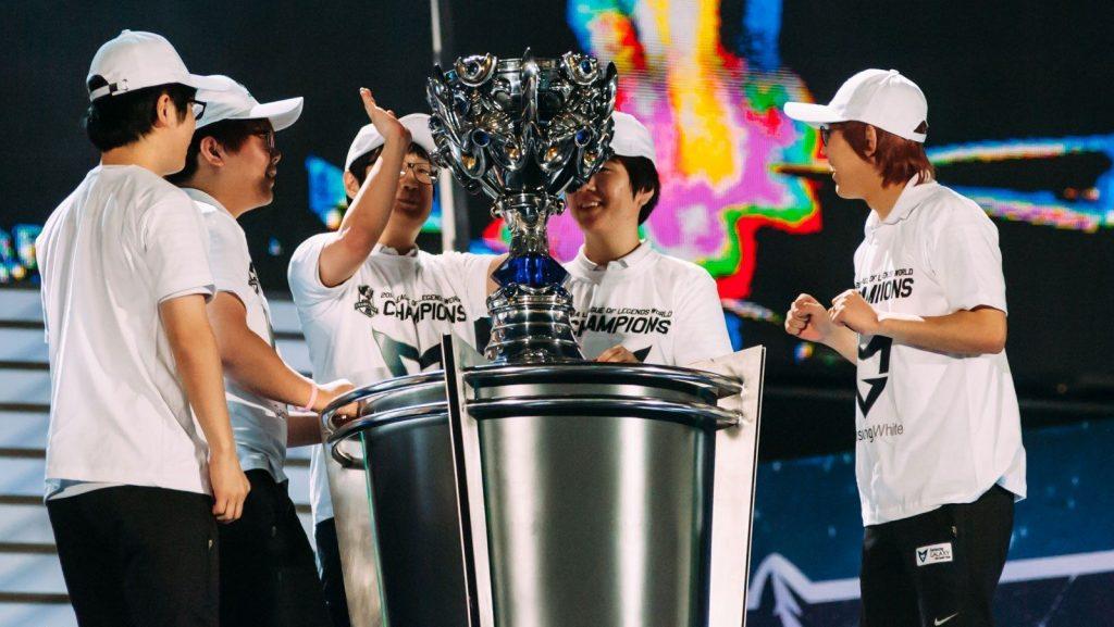 Season four Worlds winners Samsung White