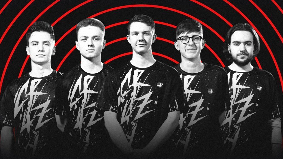 The new CR4ZY roster originally formed in October and was signed by MnM Gaming (Image via CR4ZY)
