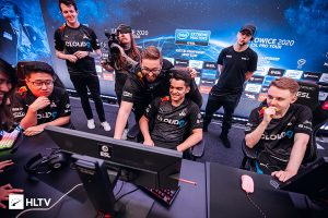Dignitas, Cloud9 Hold On to Advance at Flashpoint