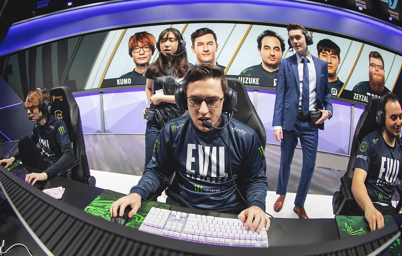 LCS Playoff Day One: Evil Geniuses Take Care of FlyQuest