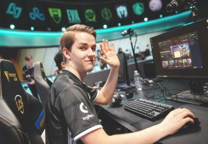 Kobbe Replaces Bvoy on Misfits Gaming
