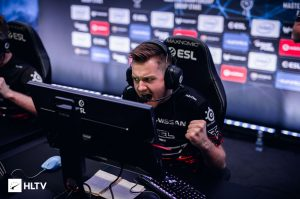 12 Teams Advance to Playoffs at DreamHack Masters Europe