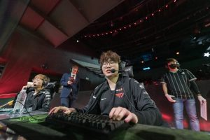 LCK Week Ten: T1 Stick with Clozer