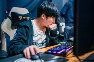 LPL Regional Finals: FPX, Invictus Gaming Miss Worlds