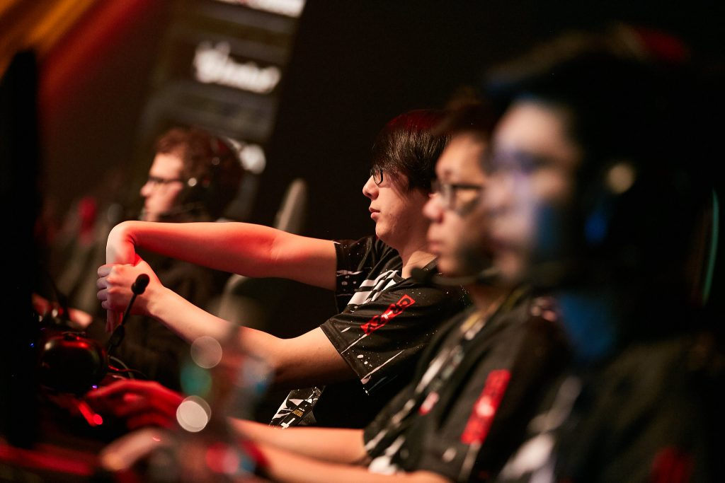 Some early setbacks have placed top teams in America, such as CR4ZY, into the elimination rounds (Photo via Starladder | Flickr)