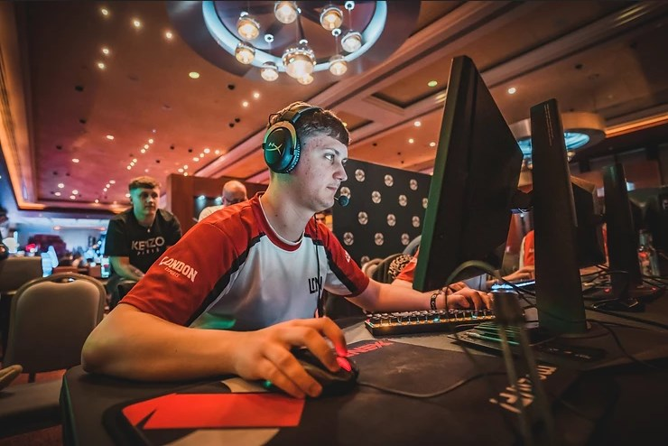 Cloud9 have signed mezii to their new CS:GO roster, joining ALEX on their new squad (Image via EpicLan)