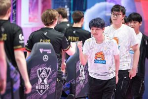 Worlds Group A: Suning, G2 Esports Knock Out Team Liquid