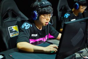 T1 Signs Former OWL Pro Sayaplayer