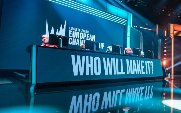 The LEC stage.